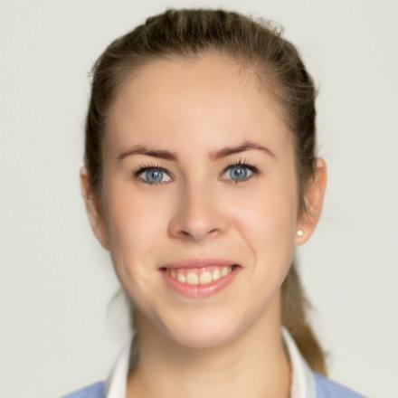 Karolina Krzaczek BSc MSc HCPC